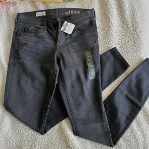 Black Wash GAP Legging Jeans